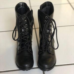 Black nonslip combat boots
